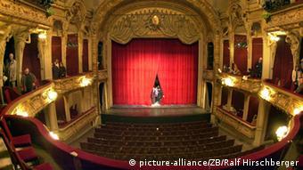 To θρυλικό θέατρο Berliner Ensemble στο Βερολίνο