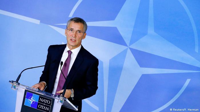 NATO-Generalsekretär Stoltenberg beim Außenministertreffen in Brüssel 02.12.2014 (Foto: Reuters)