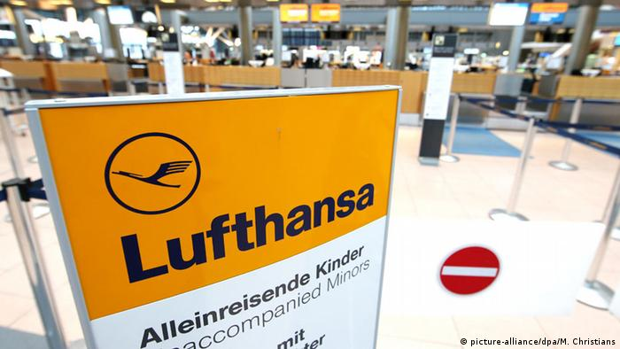 Lufthansa check-in desk