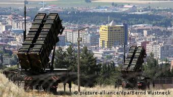 NATO patriot missile system photo: Bernd Wüstneck/dpa
