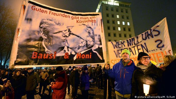 Demonstration in Erfurt gegen Rot-rot-grüne Regierungsbildung in Thüringen