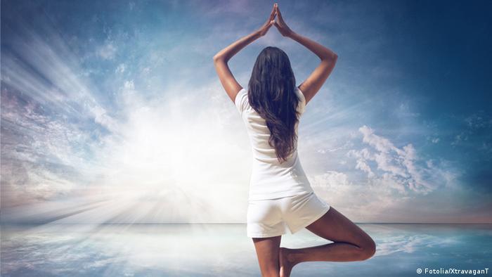 Symbolbild Frau Yoga
