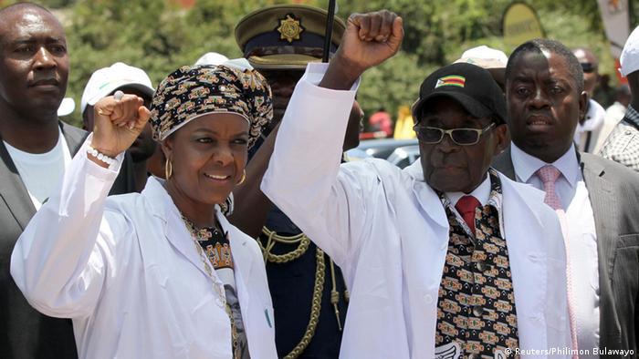 Präsident Robert Mugabes Grace Mugabe steigt in Parteiführung auf (Reuters/Philimon Bulawayo)