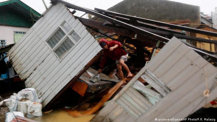 Руйнування унаслідок тайфуну на Філіппінах