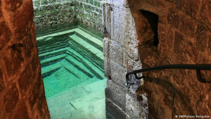 The mikvah ritual bath in Speyer (DW/Maksim Nelioubin)
