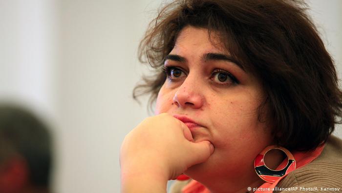 Azerbaycan engelledi Nobel Ödüllü İsmailova ödülünü alamıyor