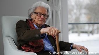Pisarz i publicysta Ralph Giordano (1923-2014), autor książki pt. Druga niemiecka wina (1987)