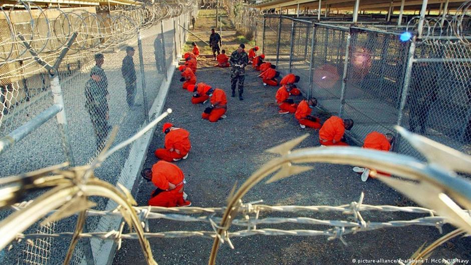 نقل معتقلين من سجن غوانتانامو إلى سلطنة عمان وإستونيا   DW   15.01.2015