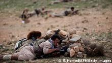 Iranian Kurdish Peshmerga members of the Kurdistan Democratic Party of (KDP-Iran) take part in routine military exercises in Koya, 100 kms north of Arbil, the capital of the autonomous Kurdish region of northern Iraq, on December 9, 2014. Iraq's government and the autonomous Kurdish region announced on December 2 an agreement resolving their longstanding disputes over the budget and oil exports, boosting prospects of closer cooperation against jihadists. AFP PHOTO / SAFIN HAMED (Photo credit should read SAFIN HAMED/AFP/Getty Images)