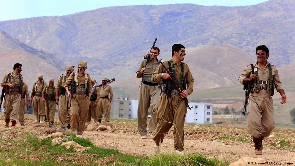 Irak Iran Kurdistan Militär Peschmerga Kämpfer Training bei Erbil