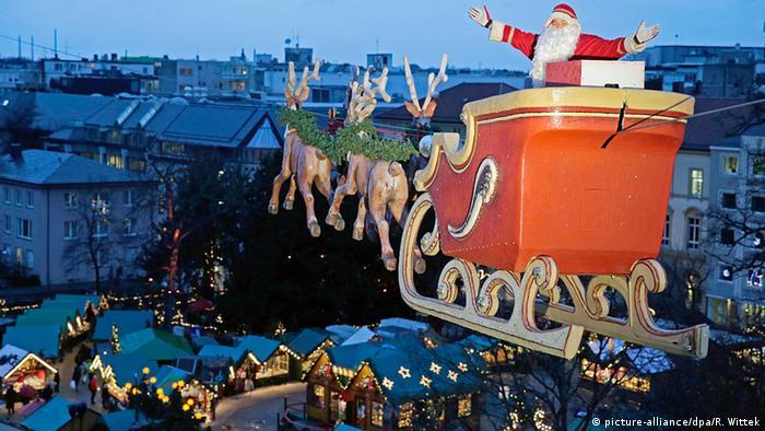 Fliegender Weihnachtsmann Karlsruhe