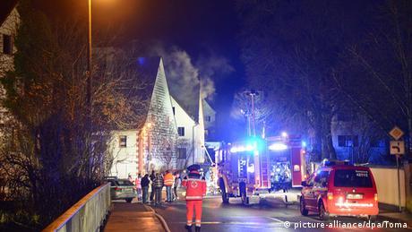 Deutschland Feuer in geplanten Flüchtlingshäusern in Vorra