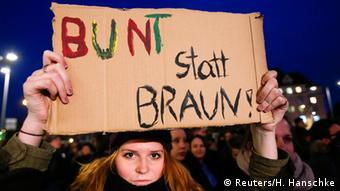 Gegendemonstration zu PEGIDA in Dresden