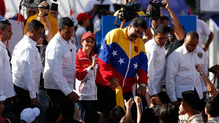 Insolentes yanquis del Norte llamó Maduro a los legisladores estadounidenses.