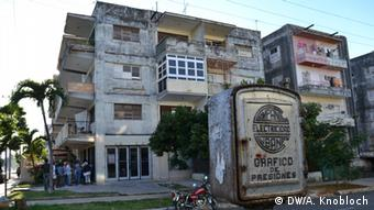 Caja de tendido eléctrico en la Habana.