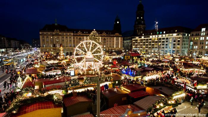 Weihnachtsmarkt in Dresden (dpa)