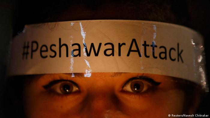 Pakistan Trauer nach Angriff auf Militärschule in Peschawar 17.12.2014