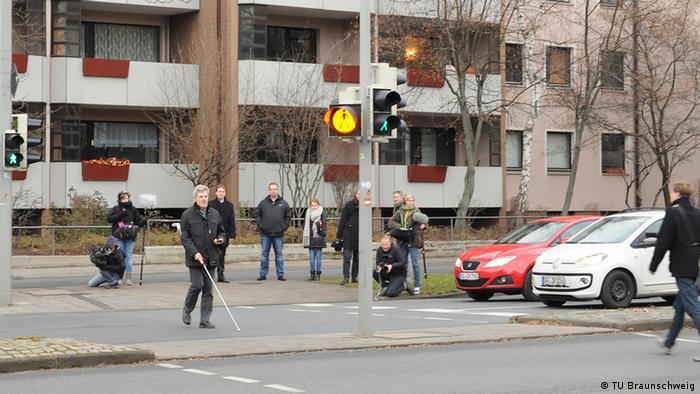Test der App der TU Braunschweig für Blinde (Foto: Rechte: TU Braunschweig/Presse und Kommunikation).