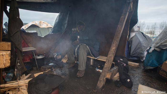Internationaler Tag der Migranten illegale Einwanderer in Calais 17.12.2014 Foto: Reuters