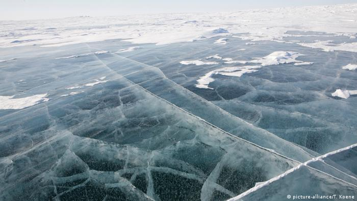 Ice in the northpole (Photo: picture-alliance).