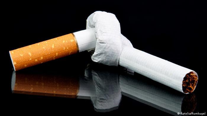 Сигарета, завязанная узлом