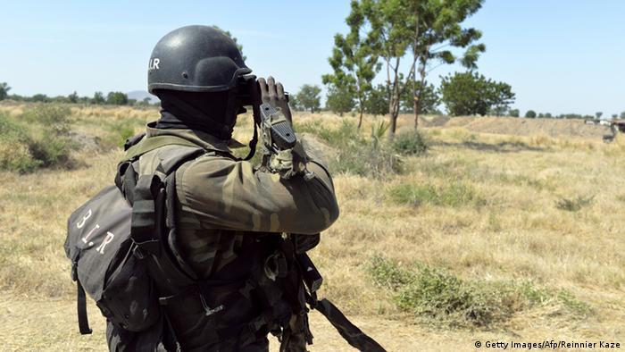 Symbolbild zur Nachricht - Streitkräfte in Kamerun zerschlagen Boko-Haram-Schule