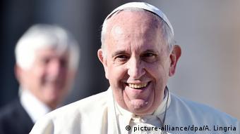 El papa argentino recibió por primera vez al mandatario cubano en el Vaticano.