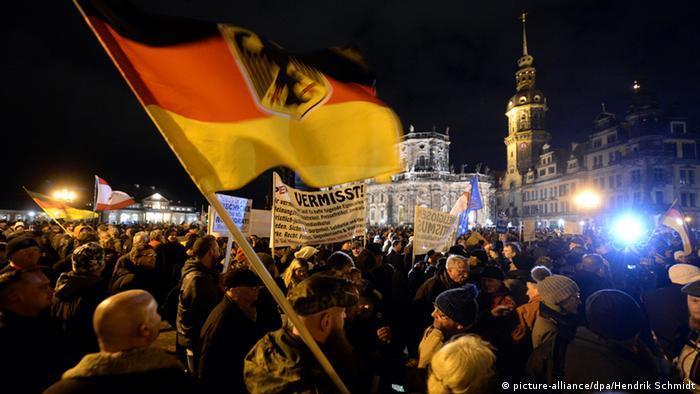 PEGIDA demonstration in Dresden (Photo: Hendrik Schmidt/dpa)