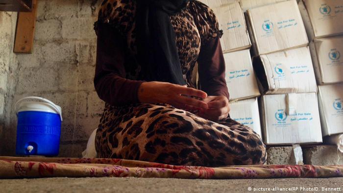 Vom IS verschlepptes Mädchen (Foto: AP Photo/Dalton Bennett, File)