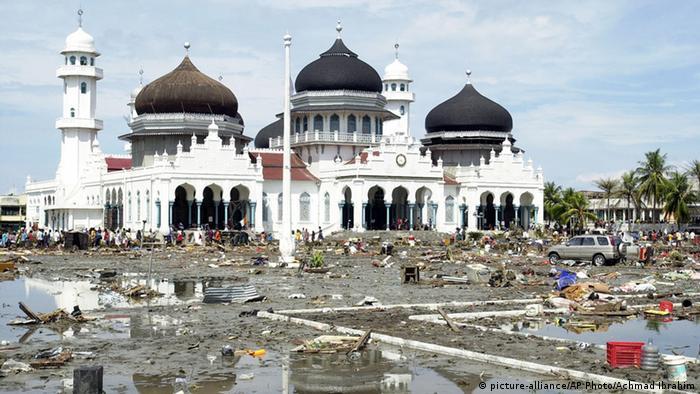 Banda Aceh Moschee Flut Indonesien Tsunami Archiv