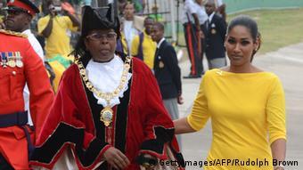 لیزا هانا از سال ۲۰۱۲ کار خود را به عنوان وزیر فرهنگ و جوانان جامائیکا آغاز کرد