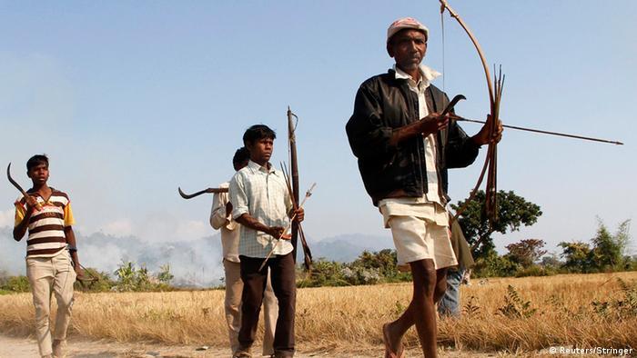 Indien Assam Flüchtlinge Auseinandersetzung Angriff 24.12. Farmer Pfeil und Bogen neuer Ausschnitt (Reuters/Stringer)