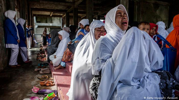 Zehn Jahre nach Tsunami in Banda Aceh Indonesien (Getty Images/U. Ifansasti)