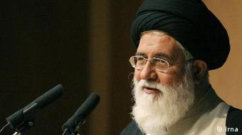 ۱۱ سال است که به دلیل مخالفت امام جمعه کنسرتی در مشهد برگزار نمیشود
