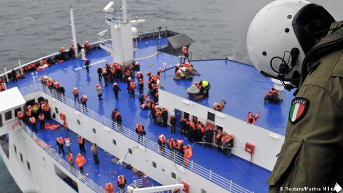 Trajekt Norman Atlantic, evakuacija 28.12.2014.