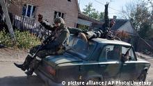Ukraine Donezk Separatisten Symbolbild