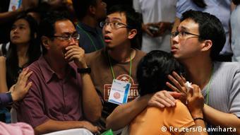 Air Asia Indonesien Angehörige Trauer Schock