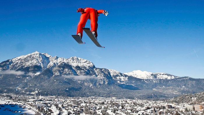 Anders Jacobsen jumps in Garmisch-Partenkirchen on 01.01.2015