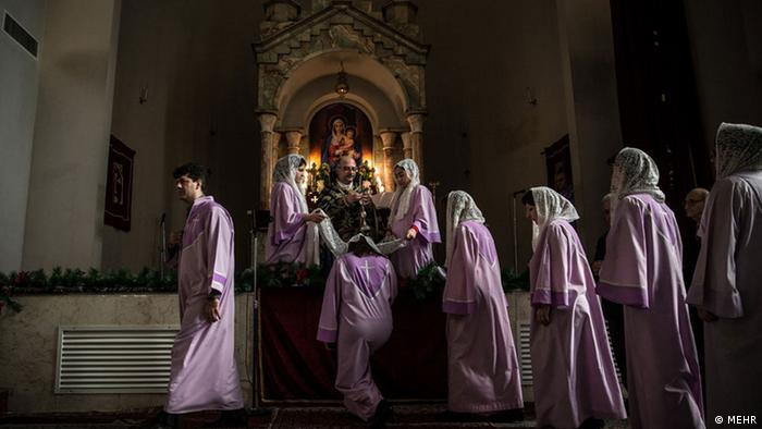 Christians in Iran hold a New Year's service, Copyright: MEHR