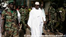 Yahya Jammeh 2006 (picture-alliance/AP/Rebecca Blackwell)