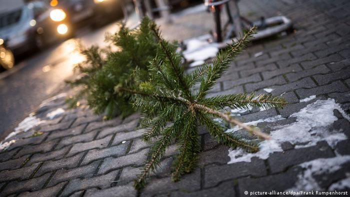Was bleibt vom Fest (picture-alliance/dpa/Frank Rumpenhorst)