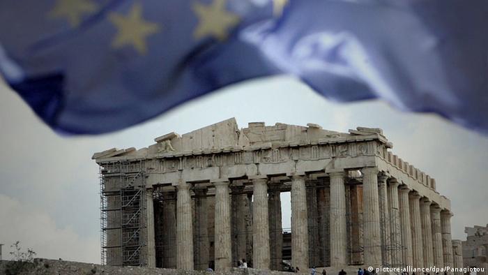 Krise Griechenland Symbolbild Euro Austritt (picture-alliance/dpa/Panagiotou)