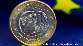 H δημοσιονομική κρίση στην Ελλάδα ενέτεινε την δυσπιστία πολλών Ευρωπαίων έναντι του ευρώ.