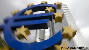 Σύμφωνα με την Κομισιόν η ανάπτυξη συνεχίζει να εξαρτάται σε μεγάλο βαθμό από τις ενέσεις δις της ΕΚΤ