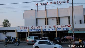 Mosambik Nampula Pfingstkirche (DW/J. Beck)