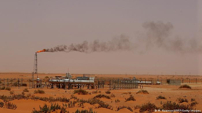 A Saudi pump station in the desert