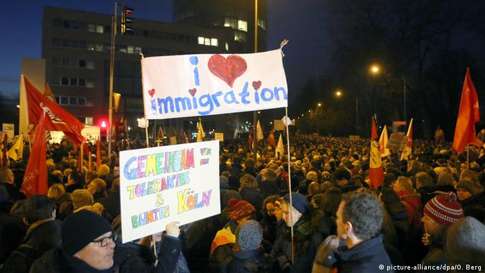 Protest gegen Pegida in Köln