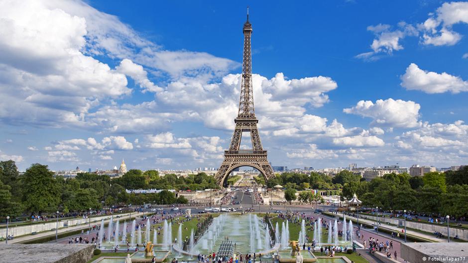 Eiffelturm Glaswand