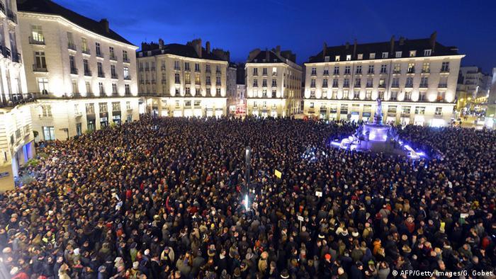 Trauer nach Anschlag auf Charlie Hebdo in Paris