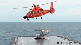 Indonesien Suche nach Überlebenden von AirAsia QZ8501